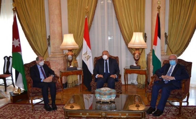 اجتماعات اللجنة الرباعية تنطلق بالقاهرة لدفع عملية السلام في الشرق الأوسط وفق المبادرة العربية