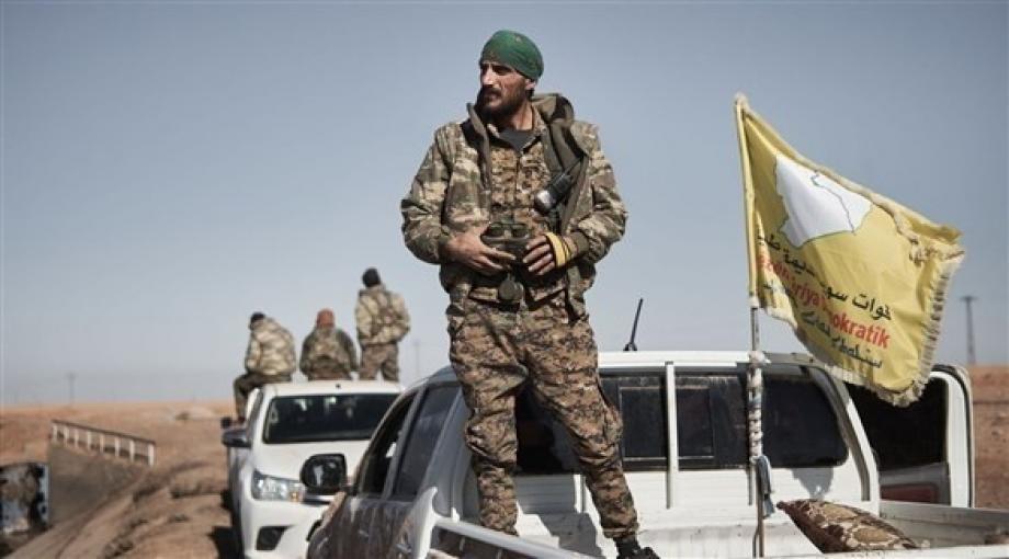 بينهم رؤساء ثلاث هيئات.. ميليشيا قسد تعتقل مجموعة من موظفيها في مدن شمال وشرق سوريا