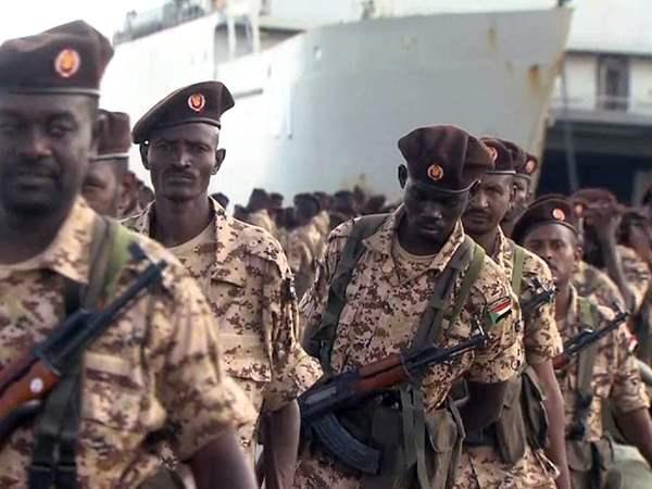بعد ليلة من القصف المتبادل.. قيادات الجيش السوداني تستطلع المناطق الحدودية مع إثيوبيا