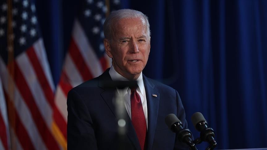 أثار حديثهما تفاعلاً.. نائب أمريكي يكشف ما قال له جورج بوش عن بايدن وترامب