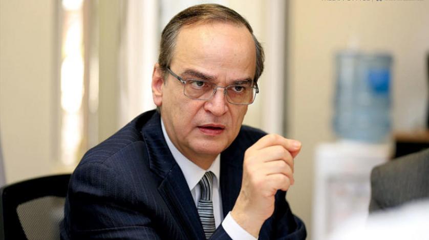 صورة متداولة للرئيس المشارك للجنة الدستورية عن هيئة التفاوض السورية، هادي البحرة