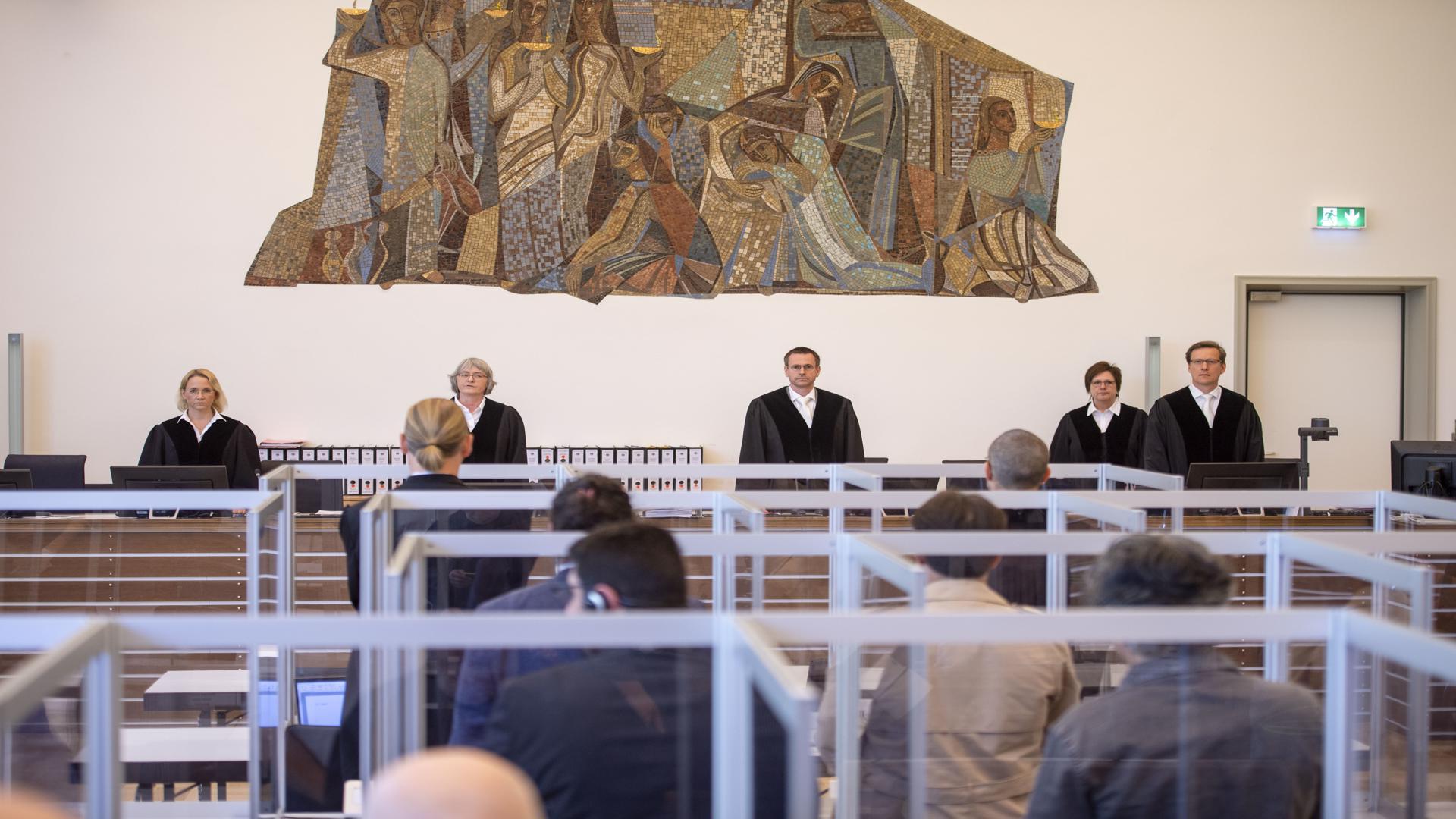 إصدار الحكم في محكمة كوبلنز