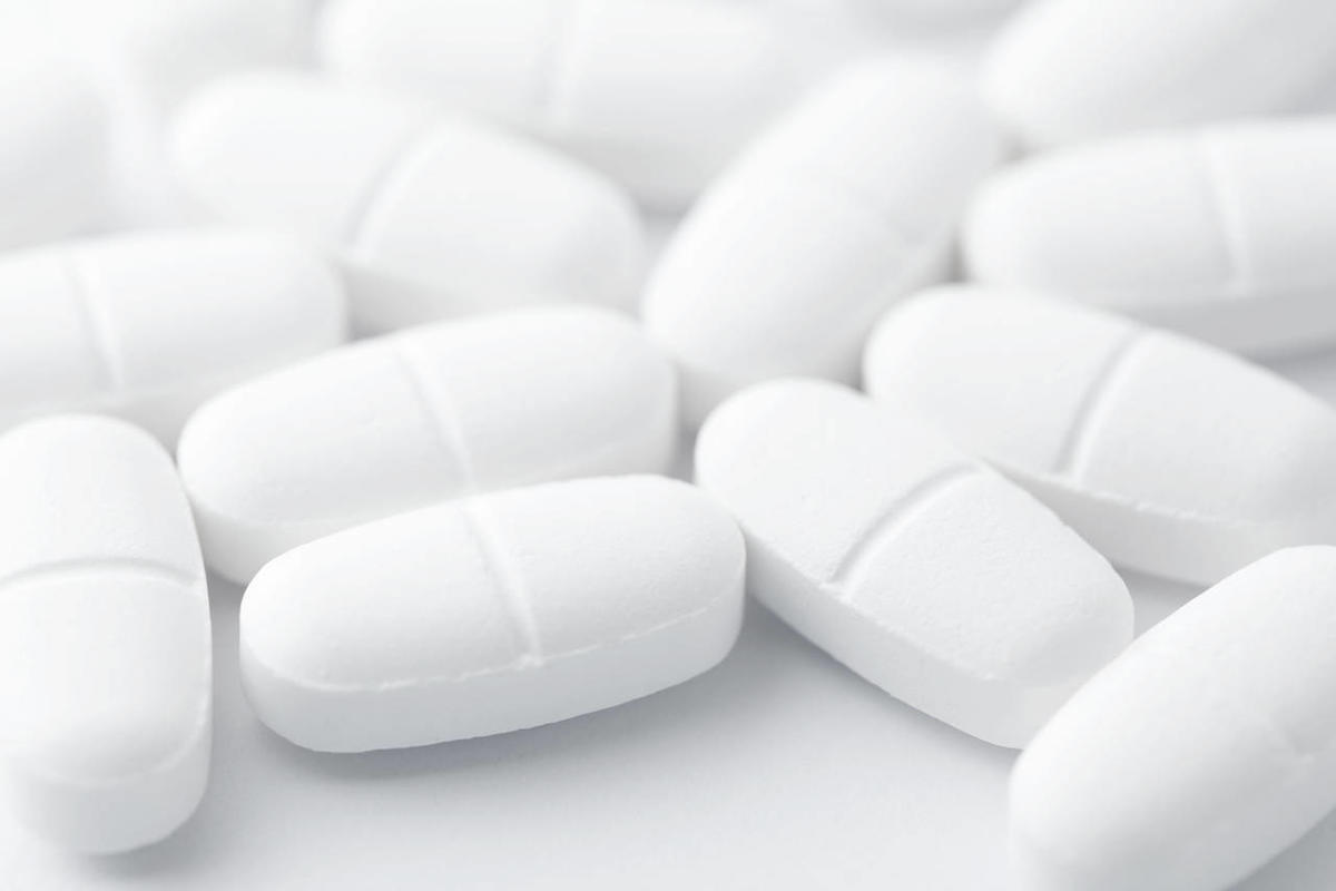 دواء أبراكلونديد لعلاج ارتفاع ضغط العين