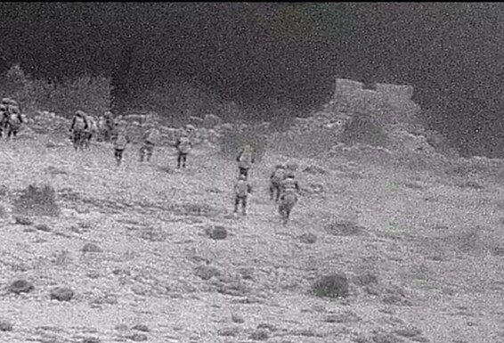 """بالصور    اجتياح إسرائيلي داخل سوريا لتدمير مواقع """"حساسة"""" لقوات النظام السوري"""