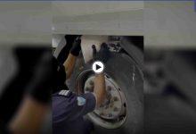 بالفيديو || إحباط شحنة ضخمة من الكبتاغون مخبأة باحترافية في ميناء جدة