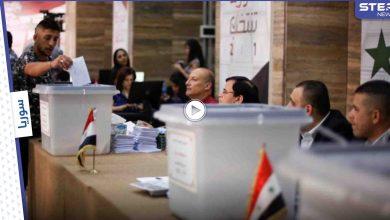 بالفيديو والصور|| مشاهد طريفة من الانتخابات الرئاسية السورية والموضة الجديدة الانتخاب بدم القلب