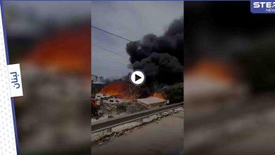 بالفيديو|| ألسنة اللهب تلتهم مخيماً لـ اللاجئين السوريين بلبنان بعد تهديداتٍ تلقاها قاطنوه