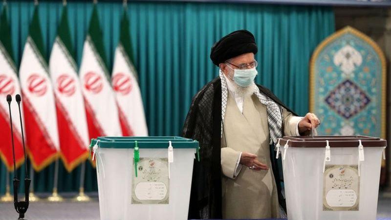 نتائج أولية مفاجئة في الانتخابات الرئاسية الإيرانية في 15 محافظة