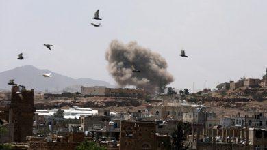 بعد مجزرة الروضة.. السفير البريطاني في اليمن يدعو ميليشيات الحوثي لأمرٍ هام