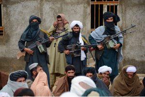 """بمناسبة عيد الأضحى.. """"طالبان"""" تُفرج عن أسرى من القوات الأفغانية"""
