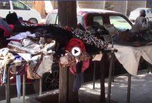 إقبال على أسواق ألبسة البالة من قبل الأهالي و النازحين في حماة