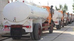 امتثالاً لضغط الشارع.. الحرس الثوري يرسل صهاريج مياه إلى الأهواز في محاولة لاحتواء الاحتجاجات
