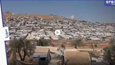 ارتفاع درجات الحرارة يزيد من معاناة نازحي الخيام شمالي مدينة إدلب