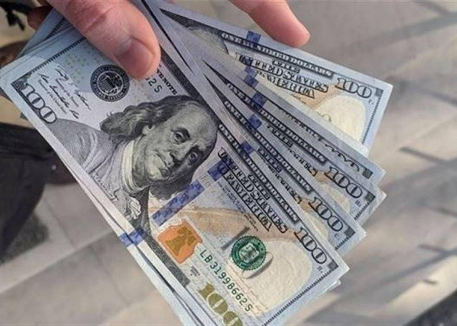 لماذا إنخفض دولار السوق السوداء؟