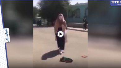 بالفيديو|| بكلمات ملأتها الدموع.. فتاة أفغانية تشتكي من هجوم طالبان عليها والأخيرة تبرر عدم إشراك المرأة بالحكومة