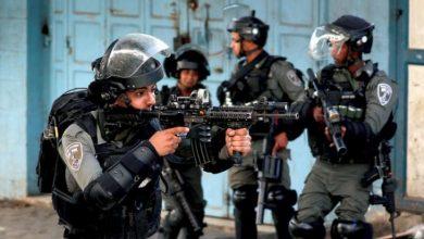 بالفيديو || الشرطة الإسرائيلية تقتل فلسطيني نفّذ عملية طعن قرب المسجد الأقصى