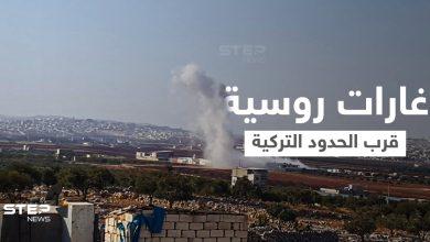 ضحايا بقصفٍ روسي وسوري استهدف مخيمات للنازحين قرب الحدود التركية في إدلب (فيديو)